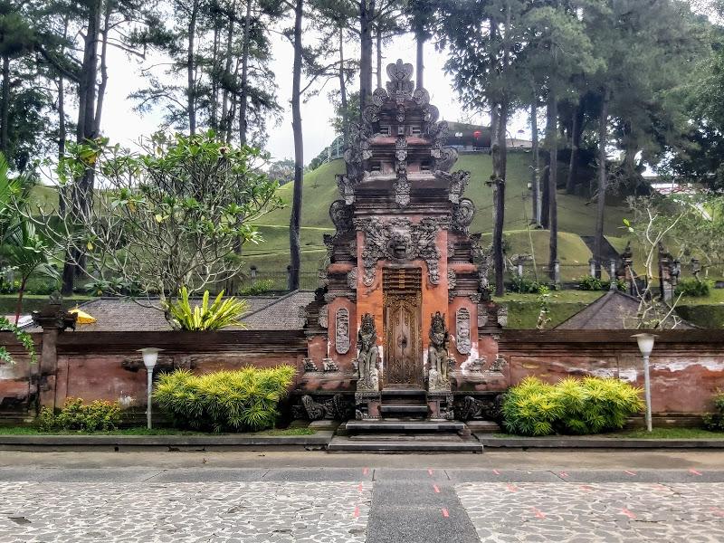 Tirta empul temple bali tour service