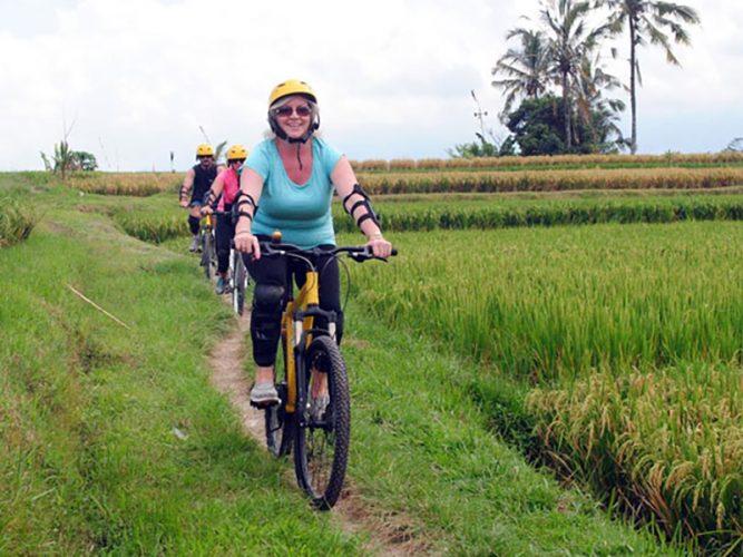 Bali-Cycling-Tour-Package-in-Kintamani