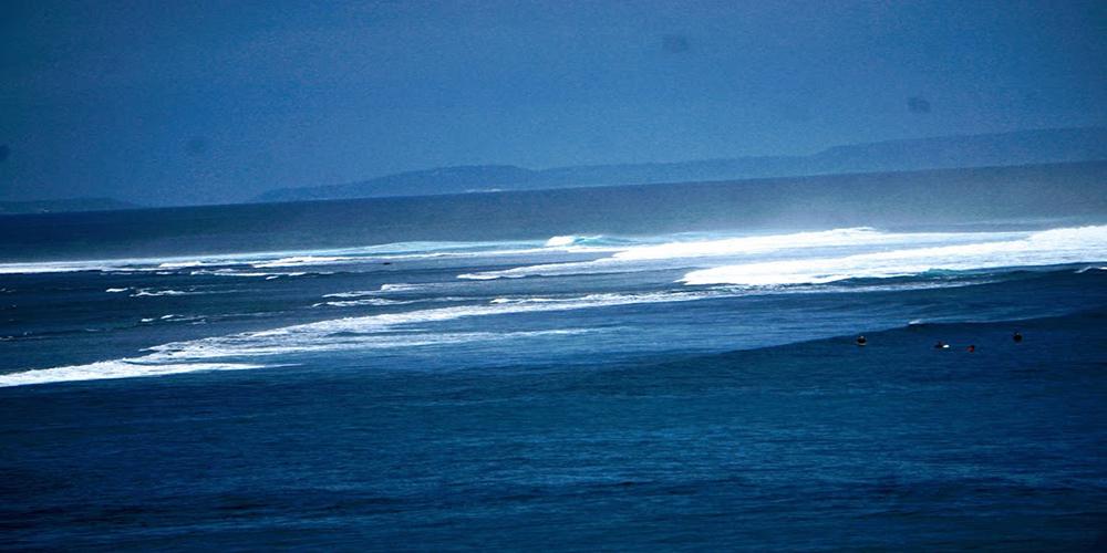 Padang Padang Beach - Bali Tour Package