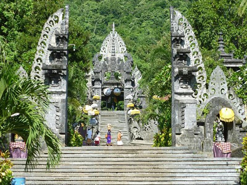 Rambut-Siwi-Temple-Bali-Tour-Service