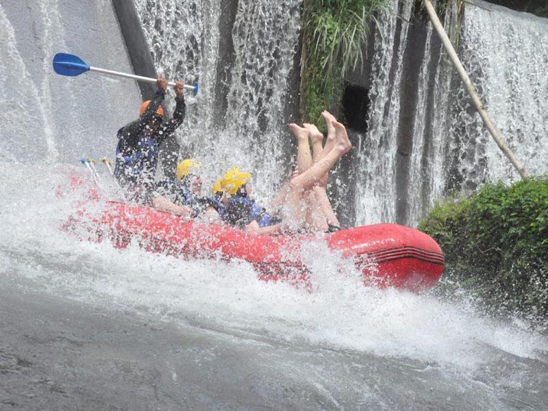 Telaga-Waja-River-Rafting-Bali-Tour-Service