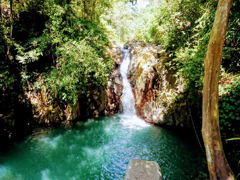 Aling aling Waterfall - Bali Tour