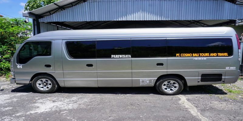 Bali Trip on the Best Mini Bus 17 Seat for the Best Travel Experiences