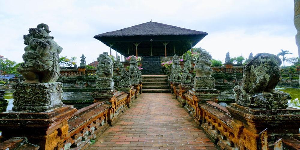 Kerta Gosa Klungkung - Bali Tour Package