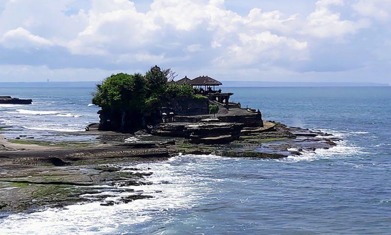 Tanah Lot Temple - Bali Tour Package