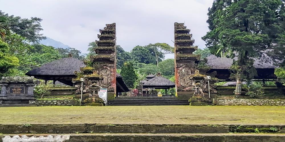 Batukaru Temple - Bali Tour Package