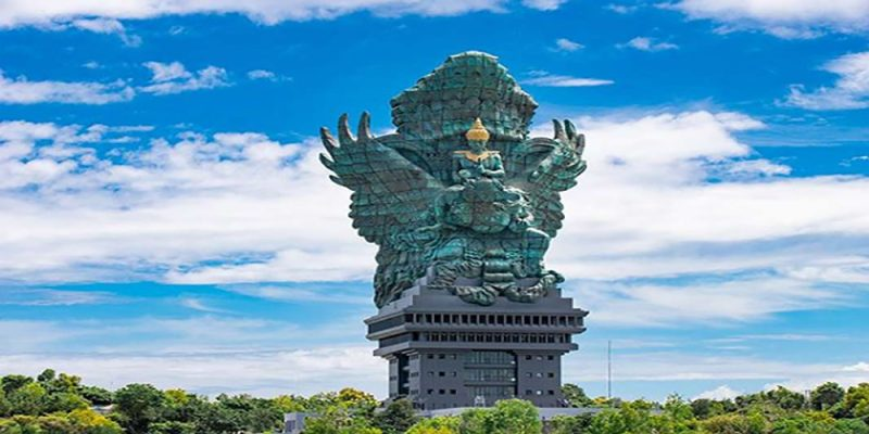 Exploring the Majestic Garuda Wisnu Kencana Cultural Park - Bali Tour Package