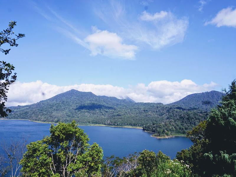 Twin Lake Tamblingan lake and Buyan Lake
