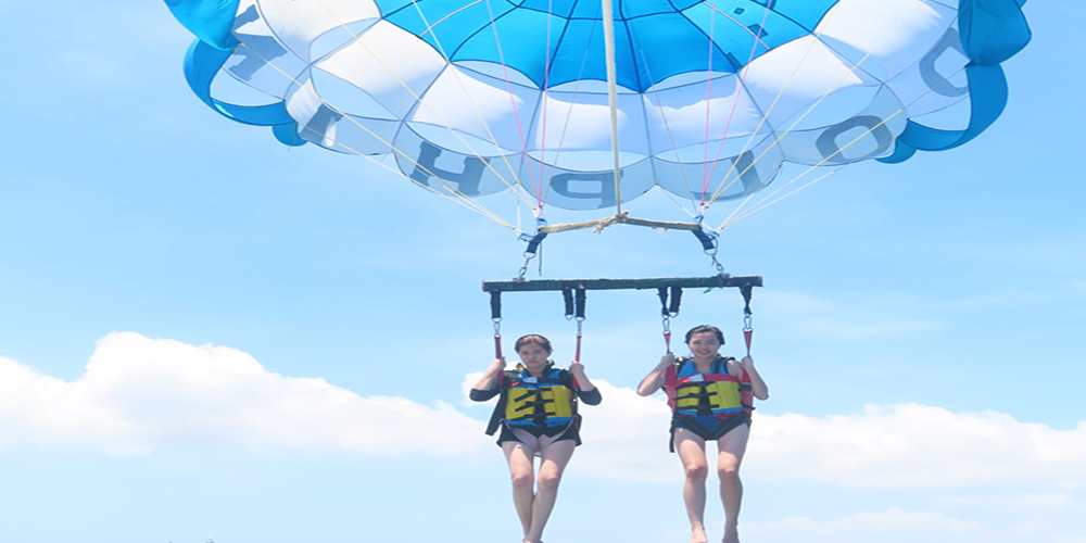 Unforgettable Parasailing Adventure in Tanjung Benoa - Bali Tour Package
