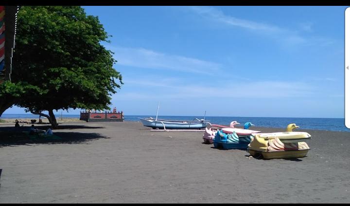 Kerobokan Beach Singaraja - Bali Tour Package