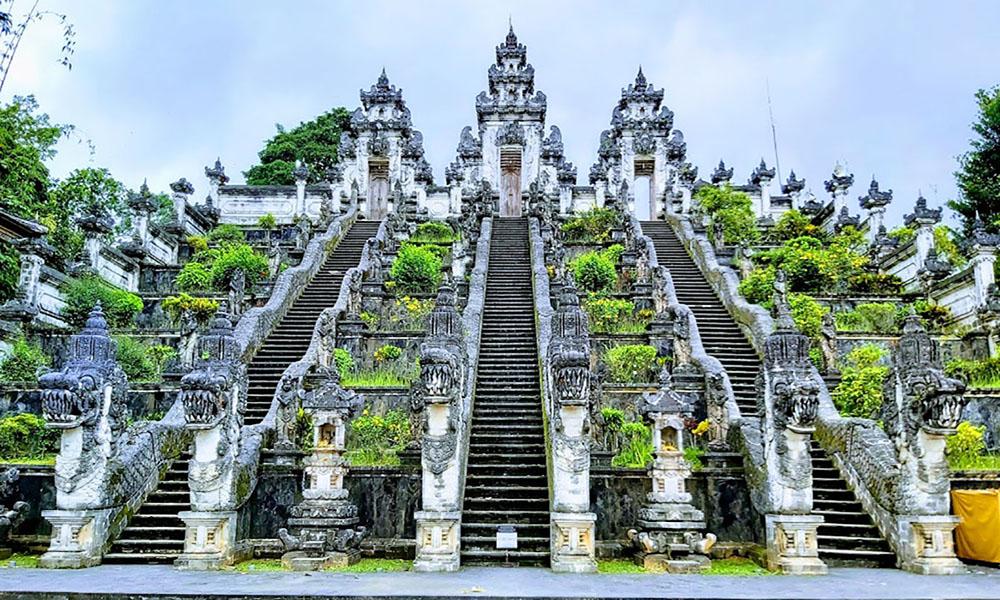 Lempuyang Temple - Bali Tour Package