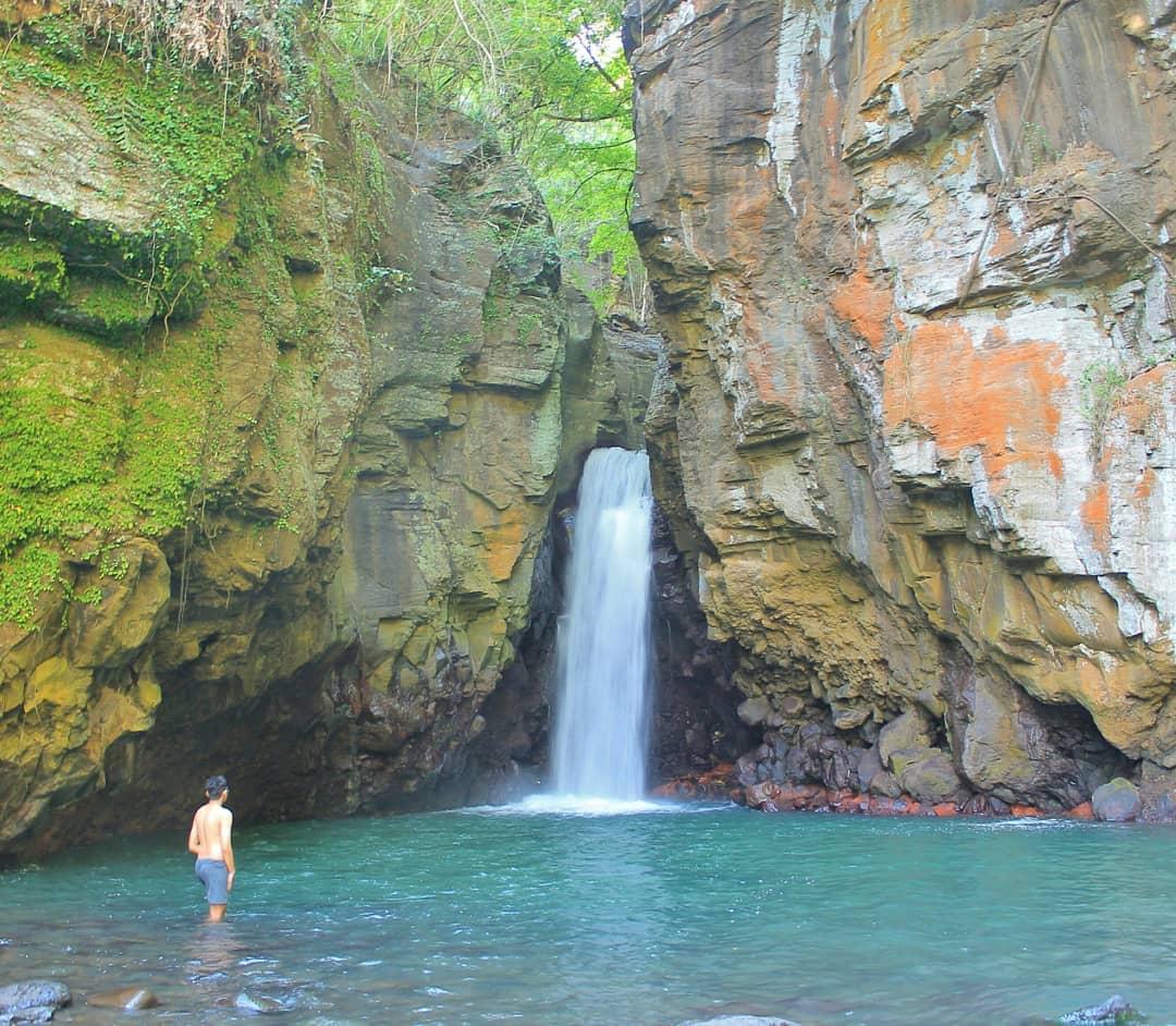 Tembok Barak Waterfall - Bali Tour Package