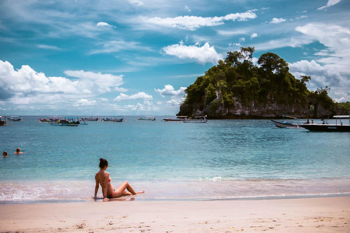 The Hits of Crystal Bay Beach - Bali Tour Package